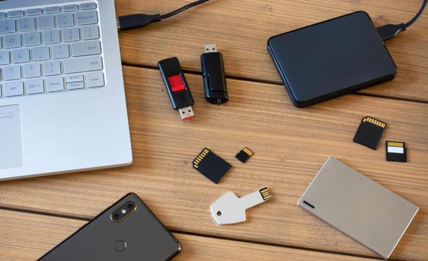 Data storage drives