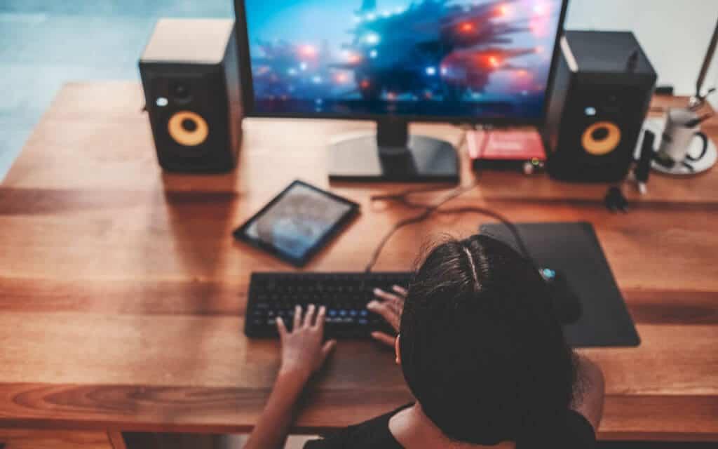 Gaming desktop with speakers