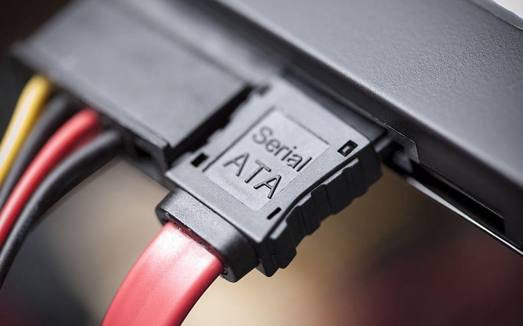 Installing laptop HDD in desktop MB
