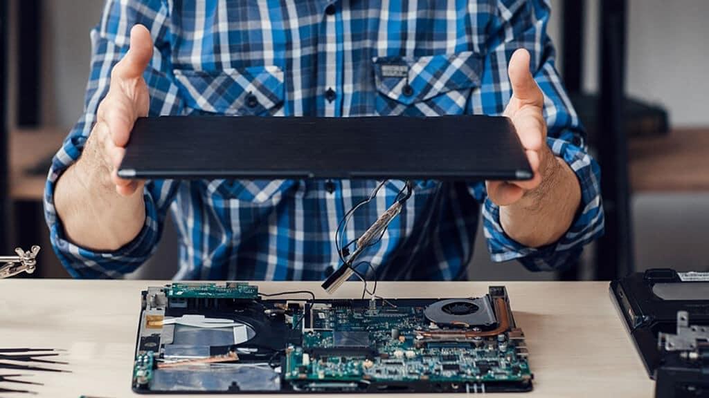 Laptop disassembling and repair