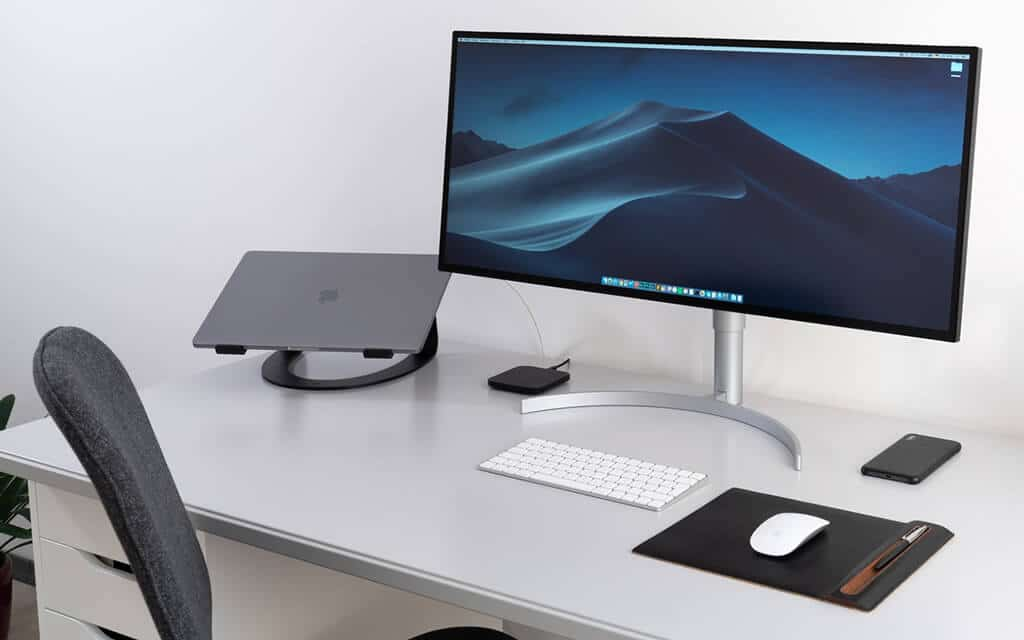 Turn Laptop into Desktop Set up a keyboard and mouse